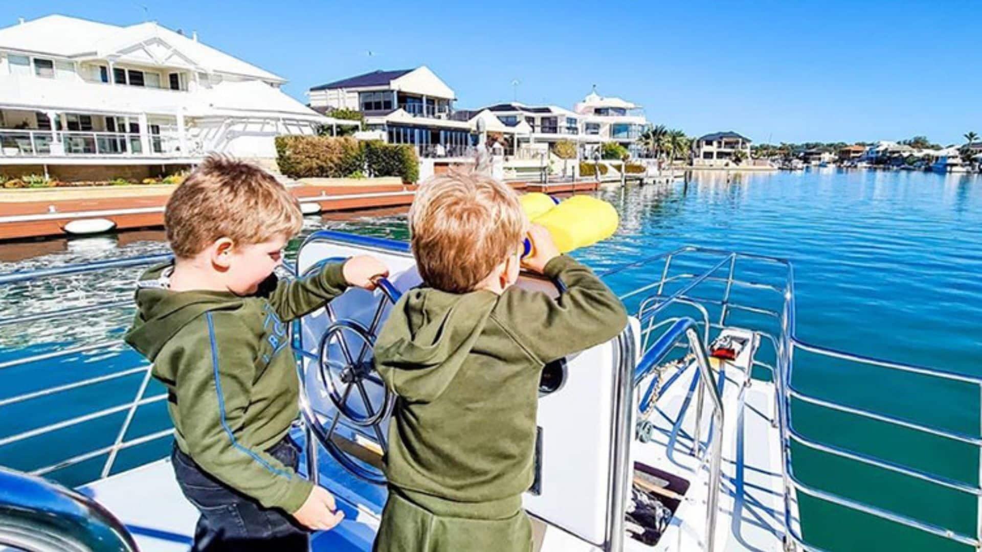 Mandurah Dolphin and Scenic Canal Cruise School Holidays