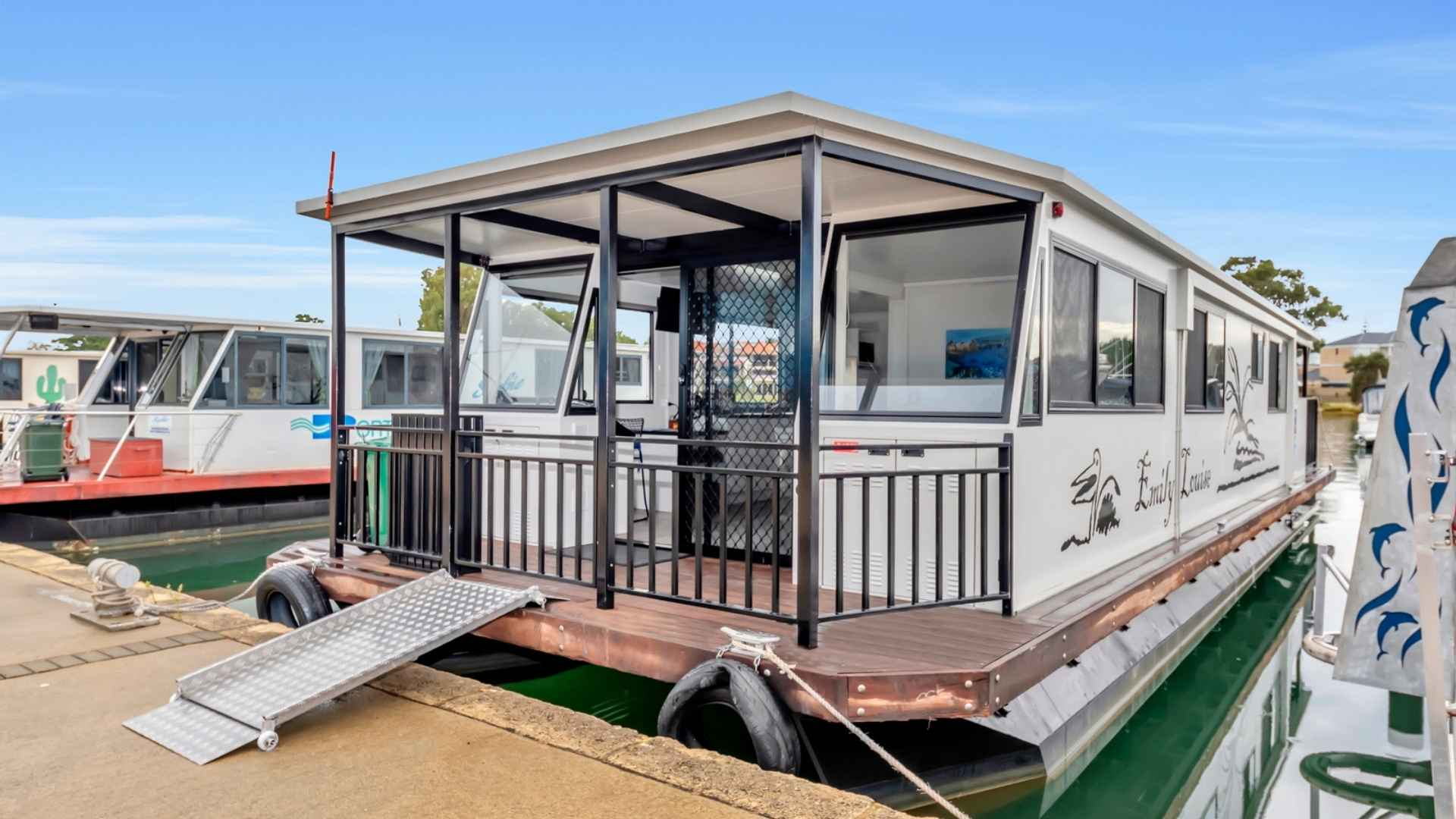 Wheelchair Accessible Houseboat