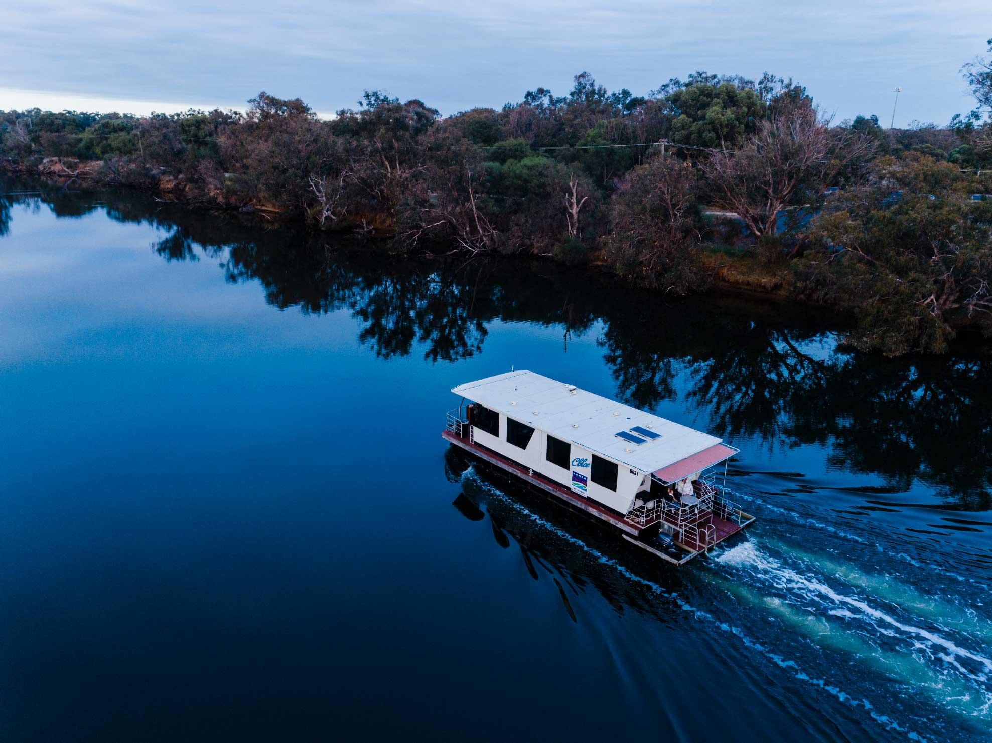 Mandurah Houseboats