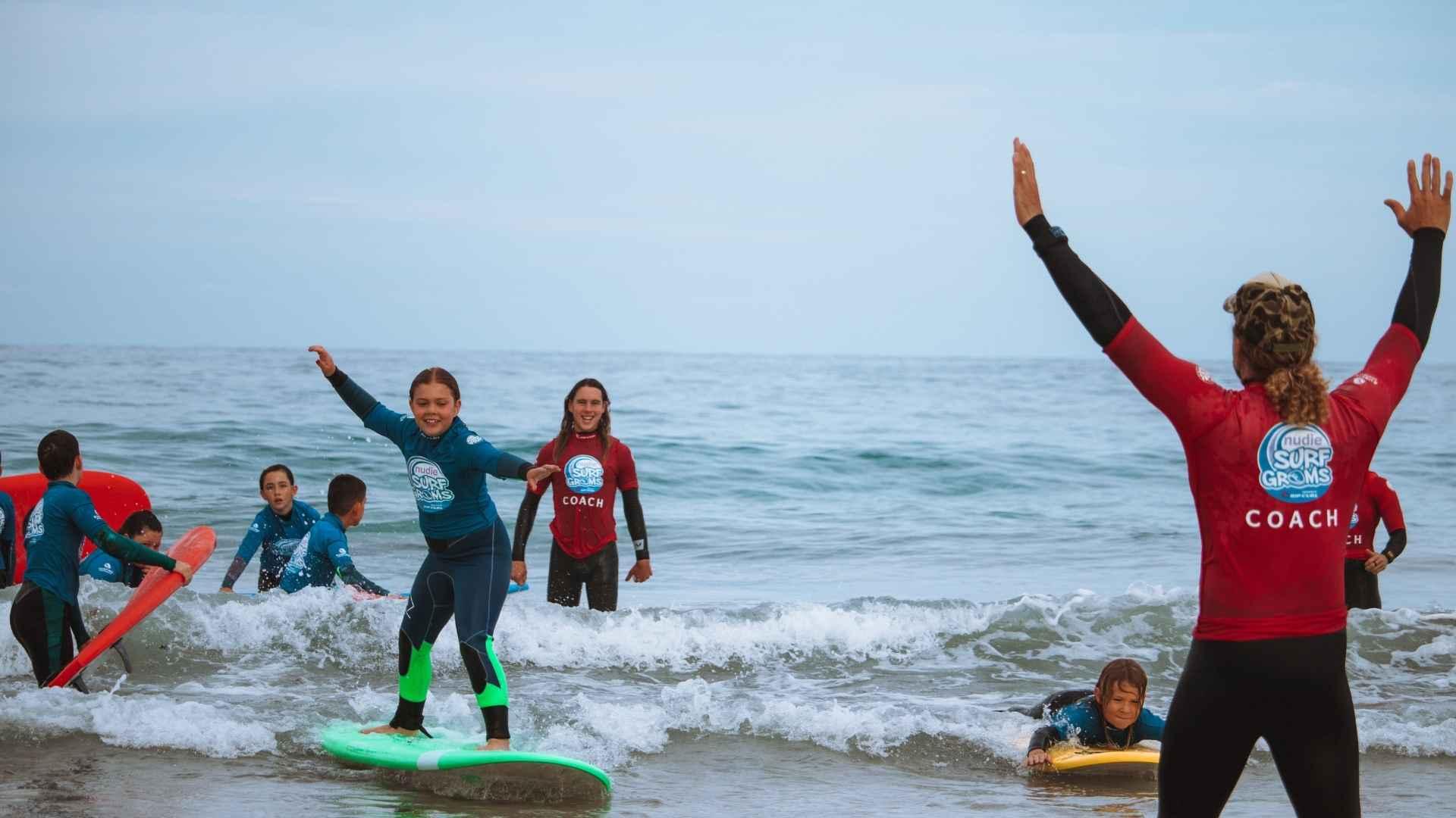 surf school near perth