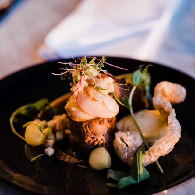 Don't let lockdown get in the way of enjoying Mandurah's great foodie scene.  Plan your lockdown meal this evening and #supportlocalmandurah businesses.  Check the link below for takeaway options.  https://www.facebook.com/groups/513187622682165